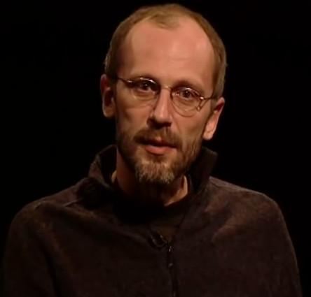 Квантовые компьютеры и модели сознания (2011)(видео)