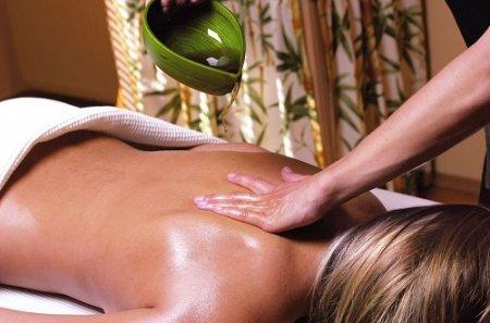 Как делать массаж спины (2014)
