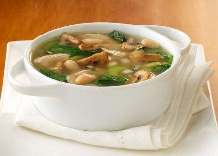 Как приготовить грибной суп (2012)