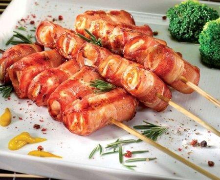 Шашлычки куриные с беконом и кунжутом (2015)