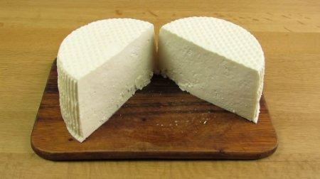 Домашний сыр в мультиварке (2015)